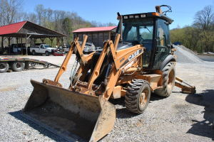 Heavy Equipment and Vehicles at Absolute Online Auction