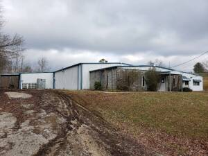 Large Commercial Building on 1.51 Acre Lot at Absolute Online Auction