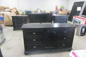Furniture, Prints, Rugs & Household Items @ Absolute Online Auction