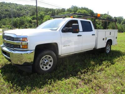 2015 CHEVY 3500 WITH UTILITY BED