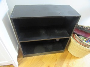 SMALL BLACK SHELF - R1