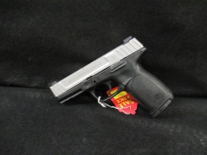 SMITH AND WESSON SD40VE PISTOL