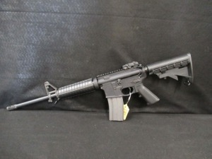 SMITH AND WESSON M AND P15 SEMI AUTOMATIC RIFLE
