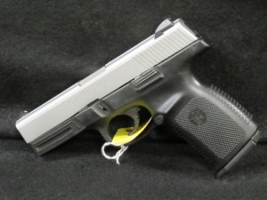SMITH AND WESSON SW9VE PISTOL