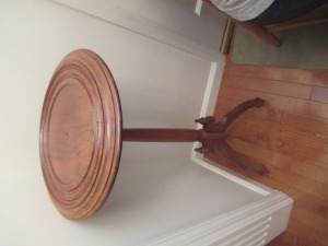 WOODEN PLANT STAND - FY