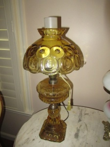 AMBER GLASS TABLE LAMP - FLR