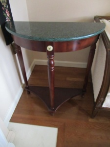 BOWED FRONT ACCENT TABLE - FLR
