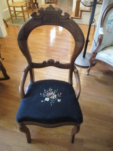 VINTAGE CHAIR WITH UPHOLSTERED SEAT - FLR