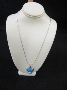 BLUE STONE PENDANT  WITH CHAIN