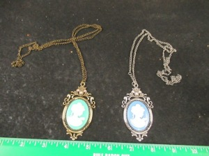 2 CAMEO NECKLACE