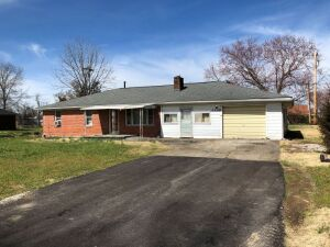 HOUSE & LOT - 1109 HWY 1016, BEREA, KY