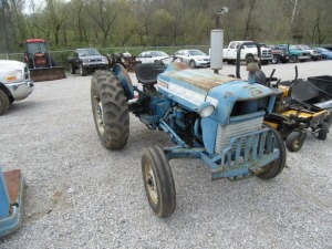 FORD 3000 TRACTOR - BL