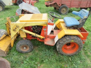 1974 CASE 646 TRACTOR WITH LOADER