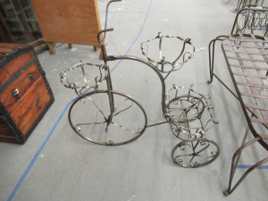 METAL TRICYCLE PLANTER
