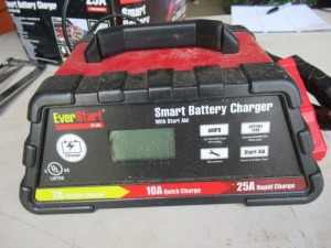 EVERSTART PLUS SMART BATTERY CHARGER