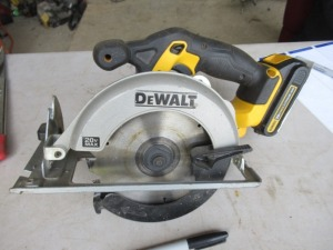 DEWALT RECHARGABLE CIRCULAR SAW