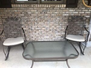 OUTDOOR PATIO FURNITURE - 2 CHAIRS & TABLE