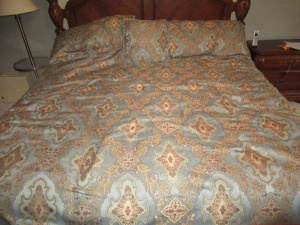 KING SIZE COMFORTER - US
