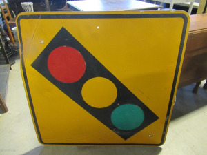 METAL STOP LIGHT SIGN
