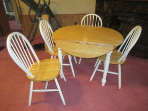 DROP LEAF DINING TABLE & 4 CHAIRS-LRT
