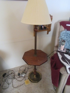 STANDING LAMP AND TABLE COMBO