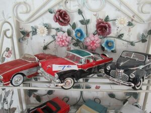 3 METAL COLLECTOR MODEL CARS