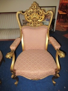 FRENCH ARMED CHAIR          -LR