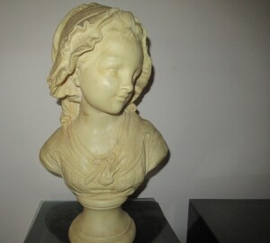 LARGE SOLID MARBLE LADY BUST   -LR