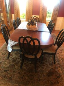 Victoria Dining room table and chairs