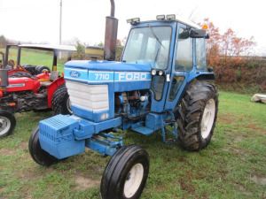 FORD 7710 CAB TRACTOR - KEY AND MANUAL - L14