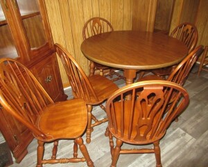 WOODEN KITCHEN TABLE & 6 CHAIRS-K