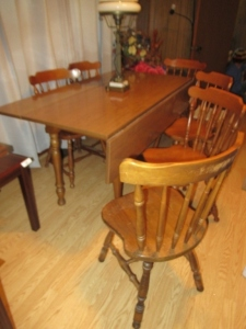 KITCHEN TABLE & 7 CHAIRS-LR