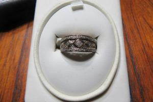 STERLING SILVER - RING - MARKED 925 - SZ 7 1/4 -