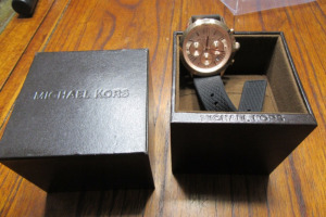 MICHAEL KORS - LADIES WATCH - IN BOX -