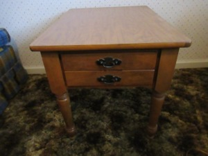 END TABLE WITH DRAWER - BR1