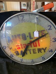 AUTO LITE BATTERY CLOCK