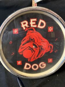 RED DOG CLOCK