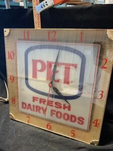 PET FRESH DAIRY FOODS CLOCK