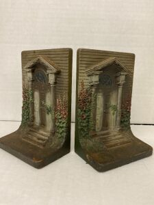 SET OF BOOKENDS