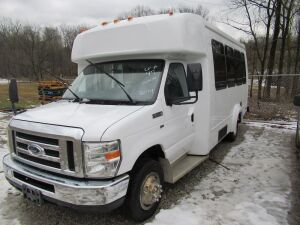 2009 FORD E350 BUS- TITLE - KEY - L16