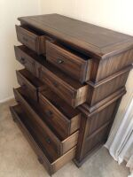 SOLID WOOD CHEST OF DRAWERS - 3