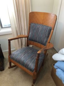 SOLID OAK VINTAGE ROCKING CHAIR