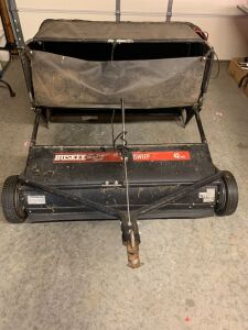 HUSKEE LAWN SWEEPER