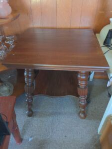 ANTIQUE WOODEN BALL FOOT LAMP TABLE