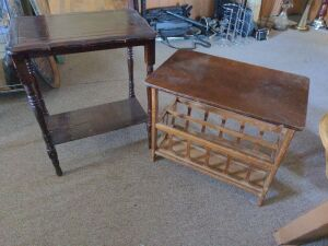 2 VINTAGE WOODEN SIDE TABLES.