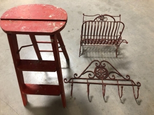 VINTAGE WOOD STEP LADDER,  METAL MAGAZINE RACK,  AND METAL COAT/HAT RACK (3)