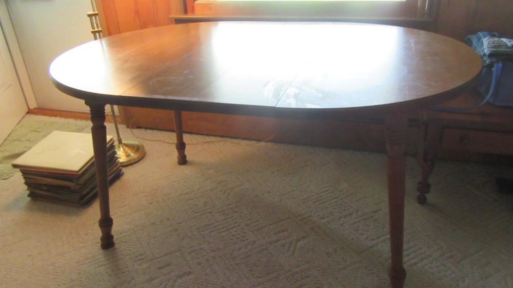 OVAL MAPLE KITCHEN TABLE - DEN