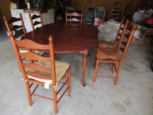 Cherry Dining Table W 6 Chairs 2 Leaves