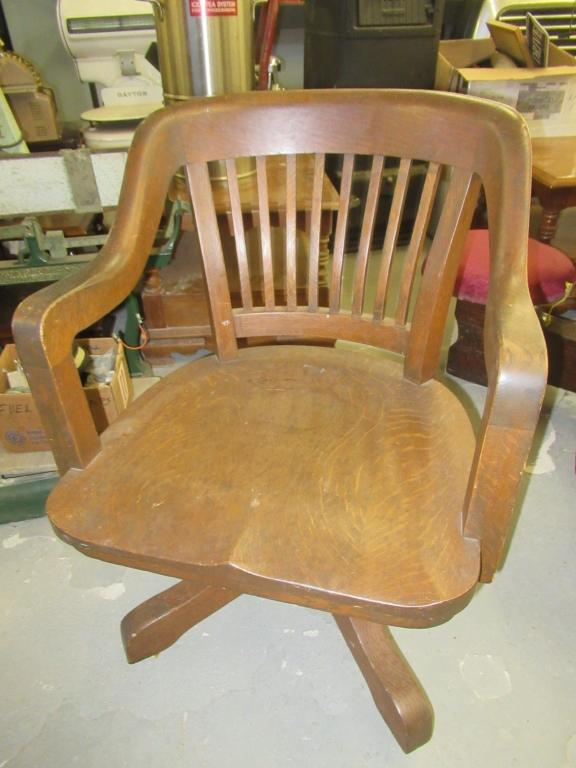 Awesome Vintage Oak Desk Chair On Rollers Tilt Back Gmtry Best Dining Table And Chair Ideas Images Gmtryco